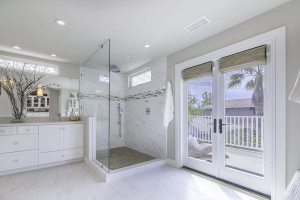 Orange County real estate, photography, photographer, white bathroom