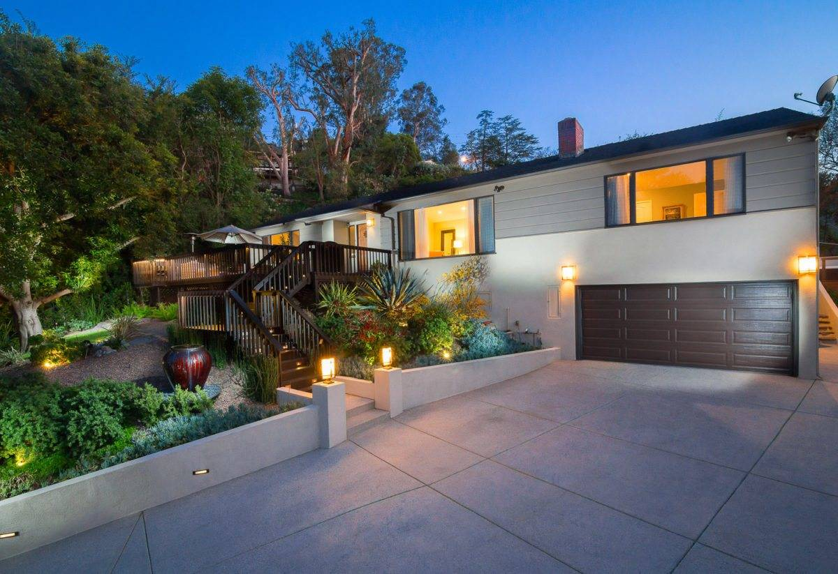beautiful homes, luxury real estate, twilight , front design