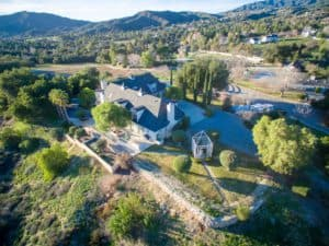 equestrian, big house, barn house, luxury real estate